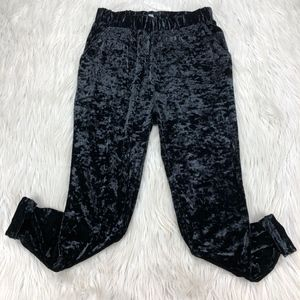 Ecote Black Crushed Velvet Cuffed Jogger Pants